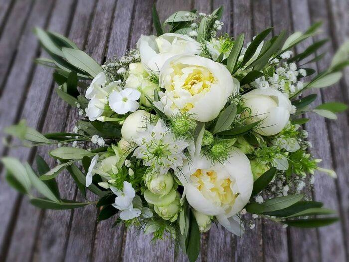 Le Tri Fleuri - Galerie photo - Bouquets de mariée et boutonnières